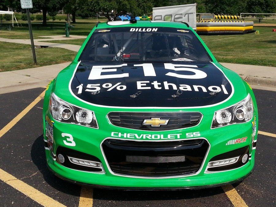 Como é produzido o etanol, o álcool combustível