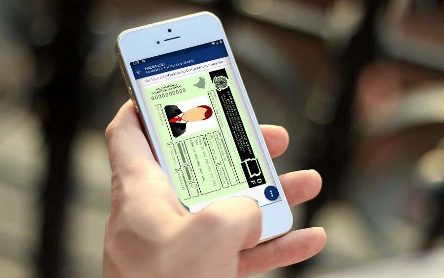 App permite ter CRLV e CNH digital no celular
