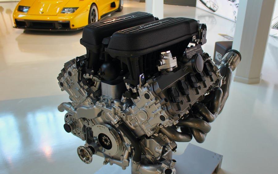 Entenda as principais diferenças entre um motor V e um motor em linhas