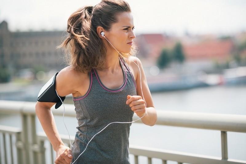 Dicas de fones de ouvido para atividade física