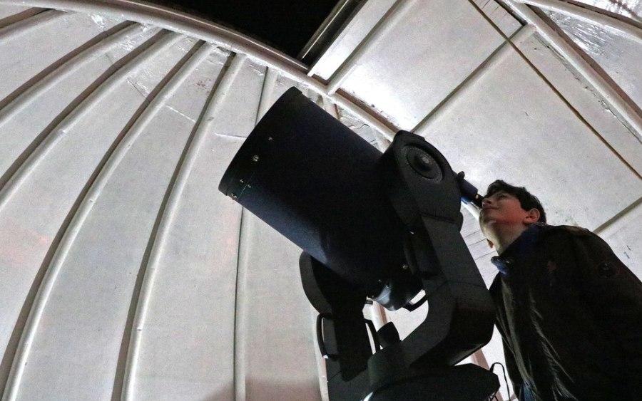 Jovens brasileiros descobrem asteroides para Nasa
